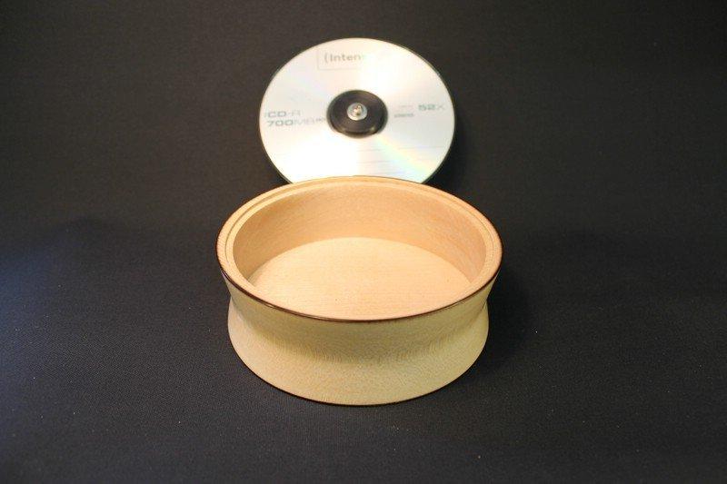 Ahorndose mit CD-Deckel 1b
