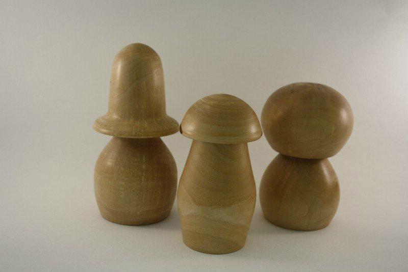 Pilzfamilie aus Birke mit Naturrand b
