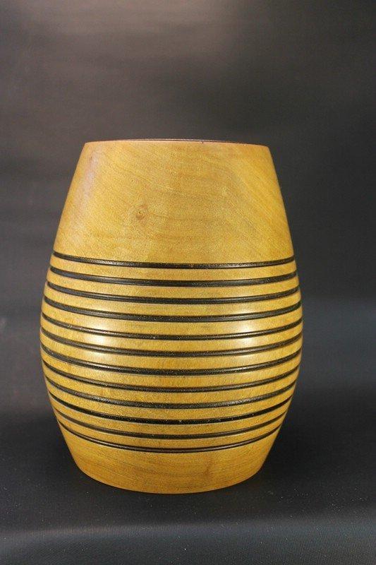 Vase aus Birne mit Glaseinsatz c